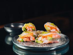 Цветы и рыбы: летнее меню и коктейли в Kultura bar