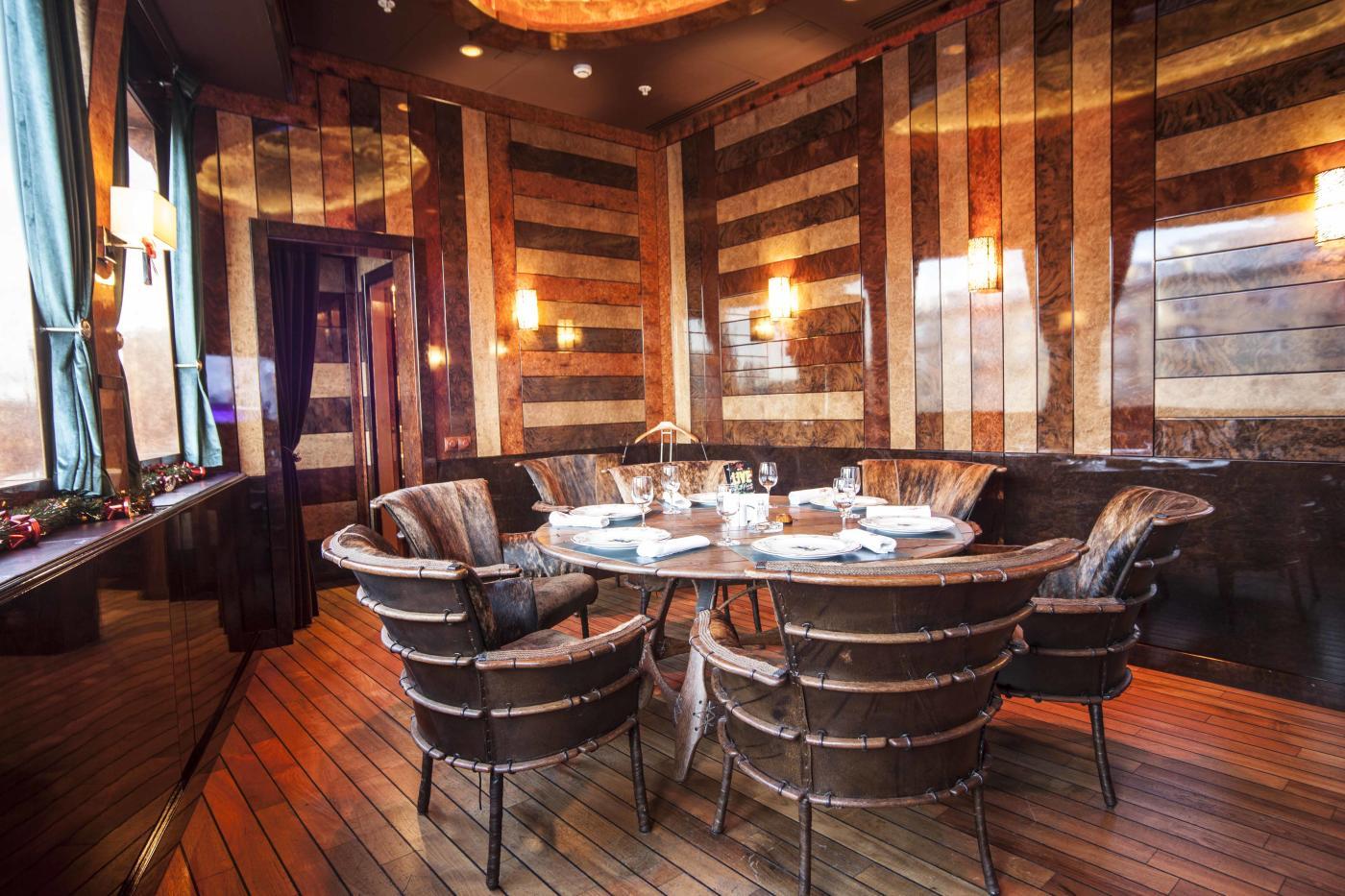Ресторан Лодка в Лотте Плаза фото 3