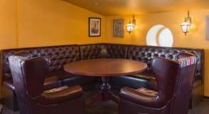 Youngs Pub ���� 6