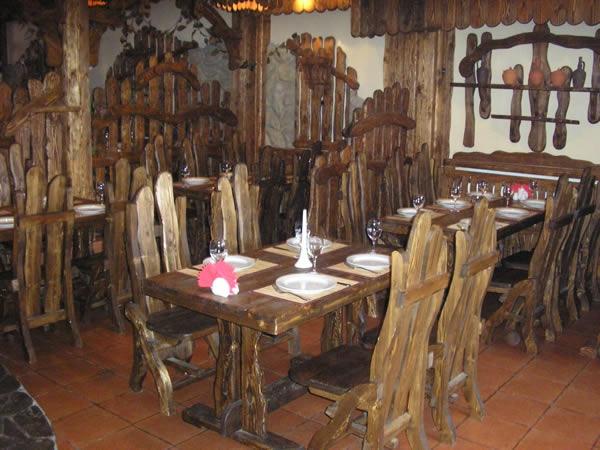 Грузинский Ресторан Хижина на Пражской фото 1