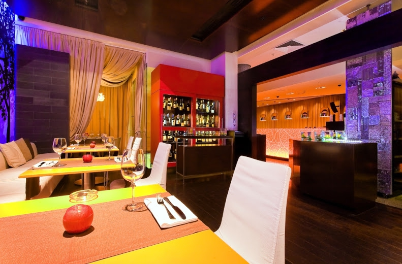 �������� Apple Bar & Restaurant ���� 11