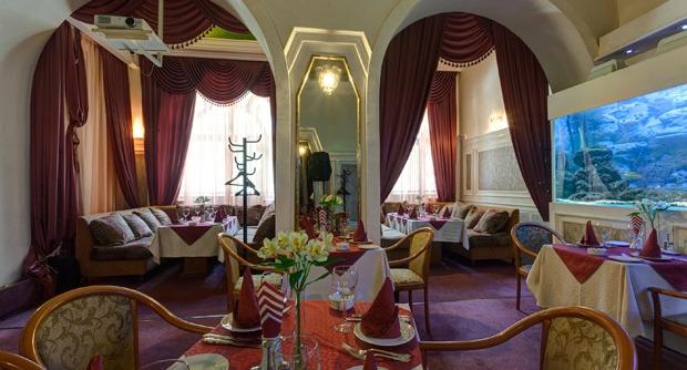 Ресторан Роял Зенит II фото