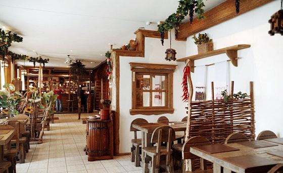 Ресторан Довбуш фото 2