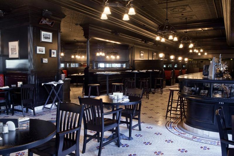 The Hudson Bar ����