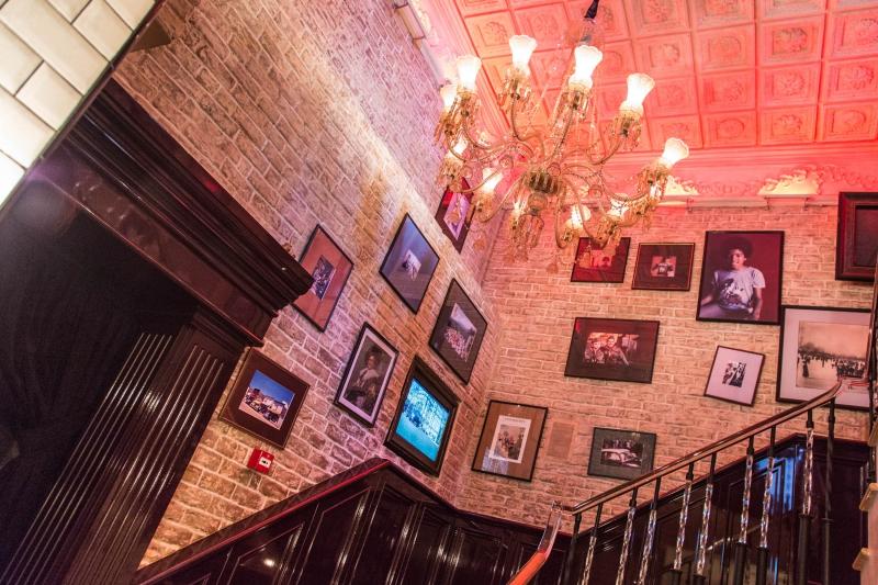 Караоке Romanov Bar (Романов Бар) фото 1