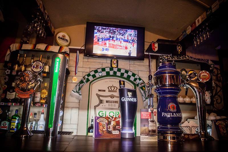 Паб Roy Castle Pub (Рой Кастл Паб) фото 12