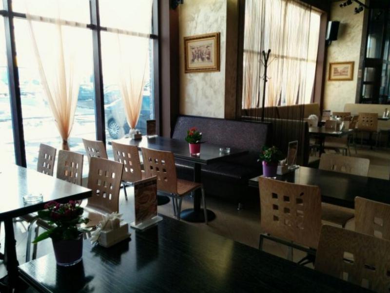 Ресторан Tomas Smokey Grill фото 1