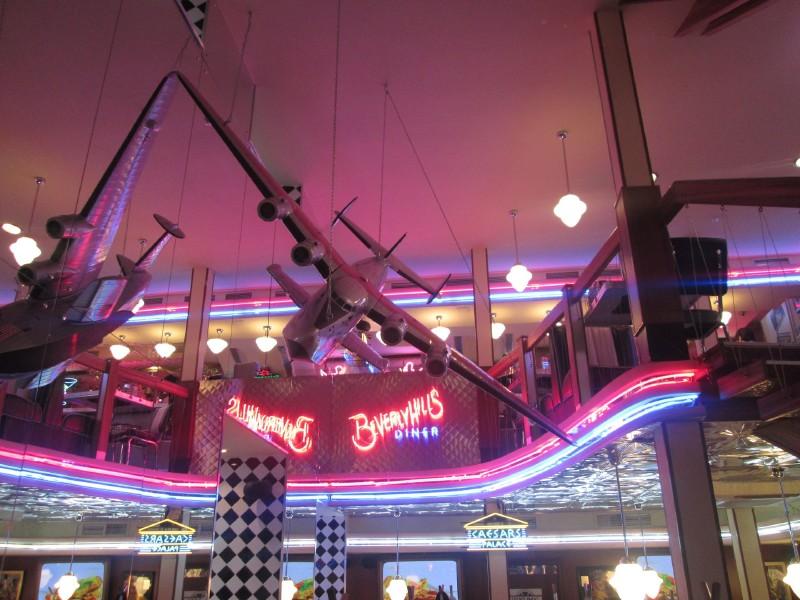 Beverly Hills Diner на Тверской фото 2