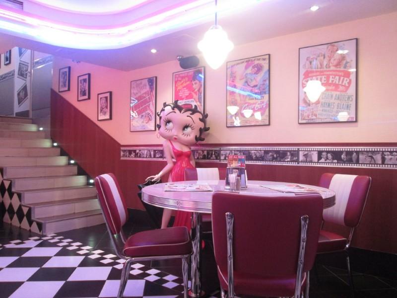 Beverly Hills Diner на Тверской фото 5