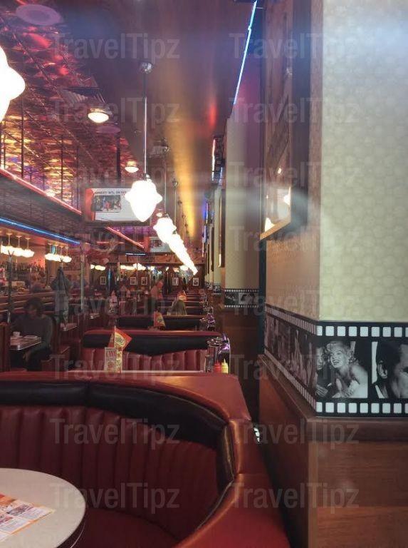 Beverly Hills Diner на Белорусской фото 1