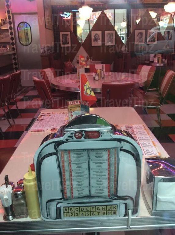 Beverly Hills Diner на Белорусской фото 4