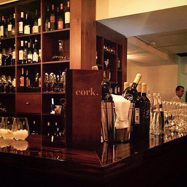 ������ �������� Cork Wine and Tapas Bar ���� 4