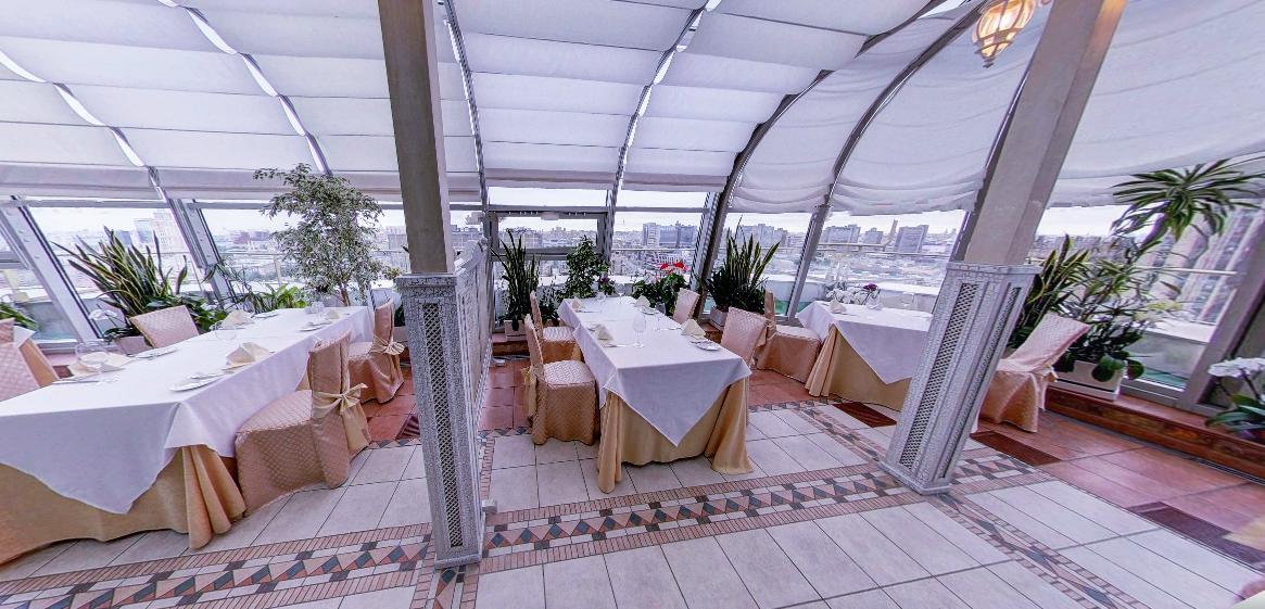 Панорамный Ресторан в гостинице Зимний Сад фото 9