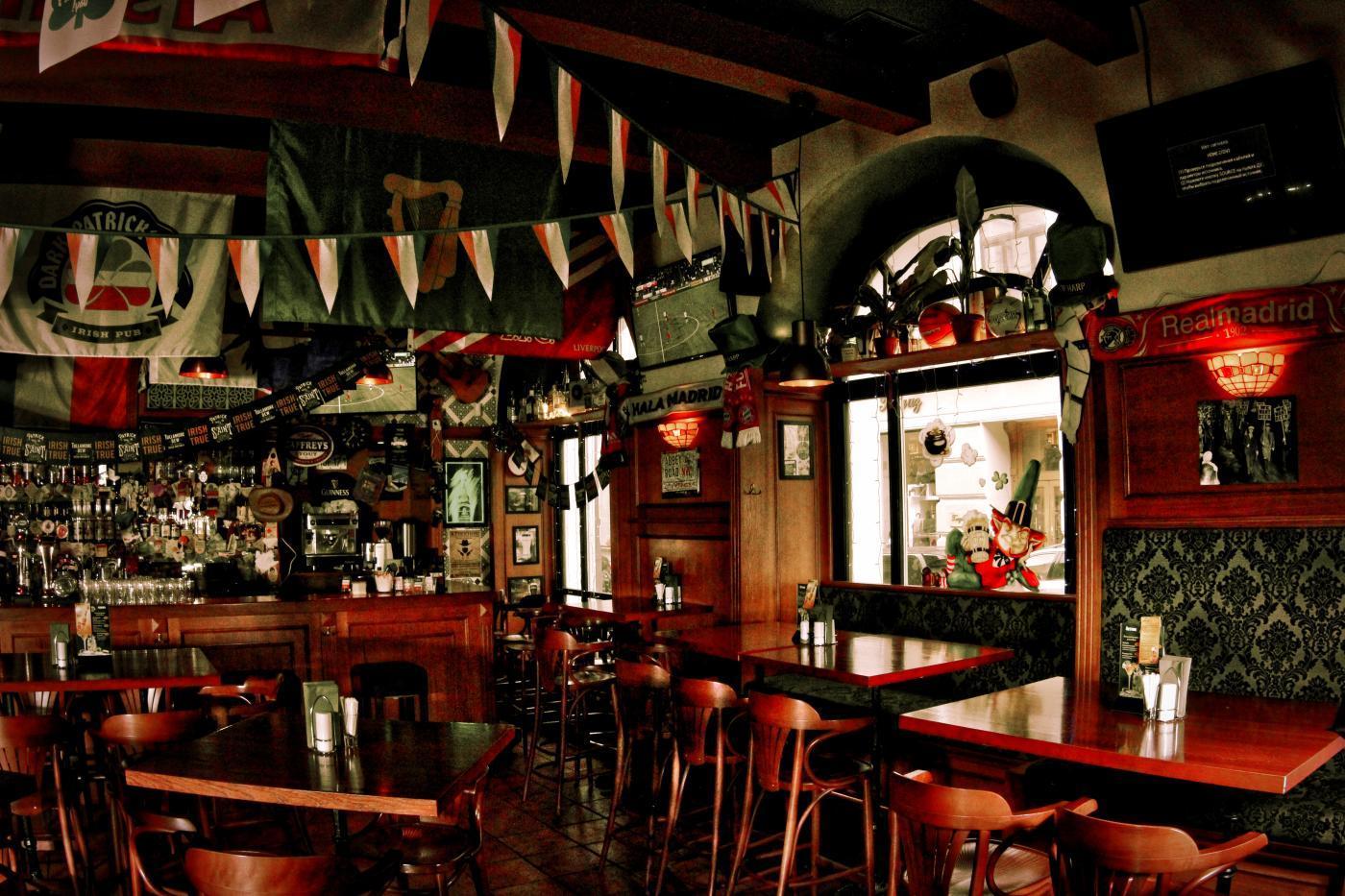Ирландский Паб Dark Patrick's Pub (Дарк Патрик Паб на Лубянке) фото 27