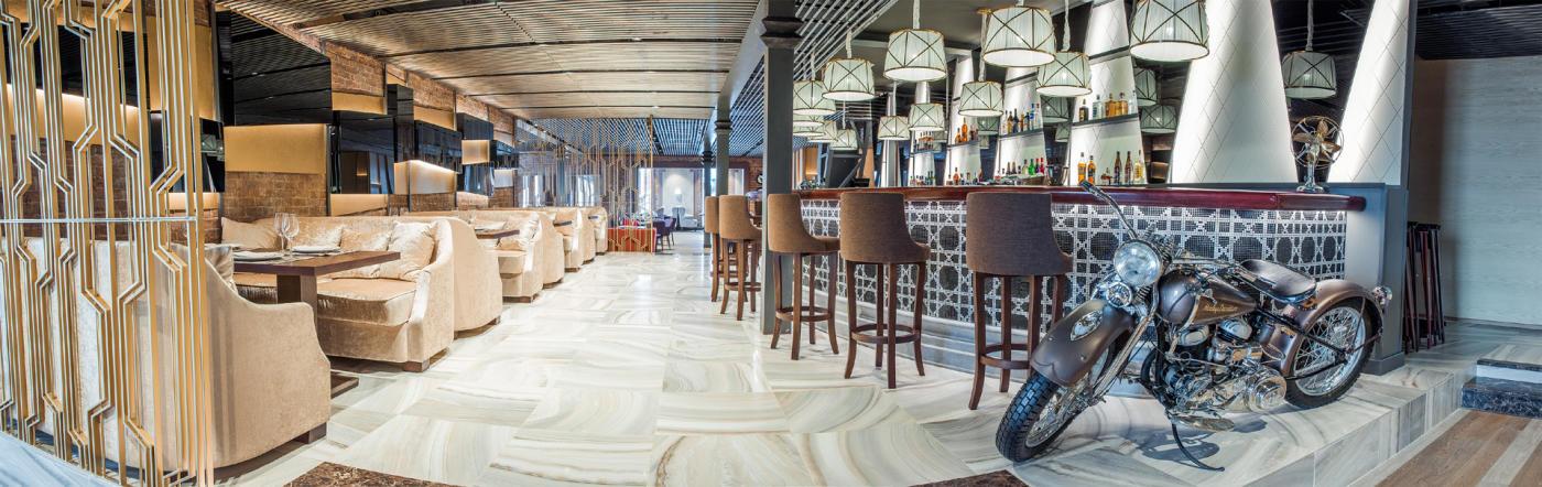 Панорамный Ресторан Трамплин на Воробьевых Горах фото 2
