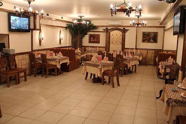 Ресторан У Михалыча на Преображенской площади фото