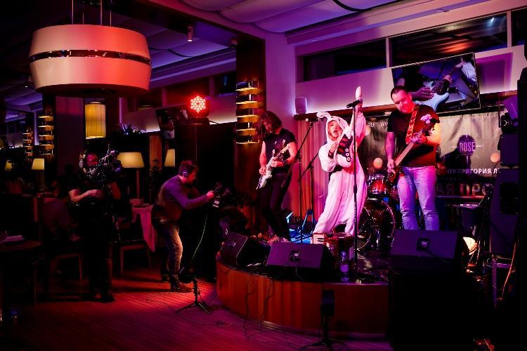 Роуз Бар в ТЦ Крокус Сити Молл (Rose Bar Crocus City Moscow) фото 47