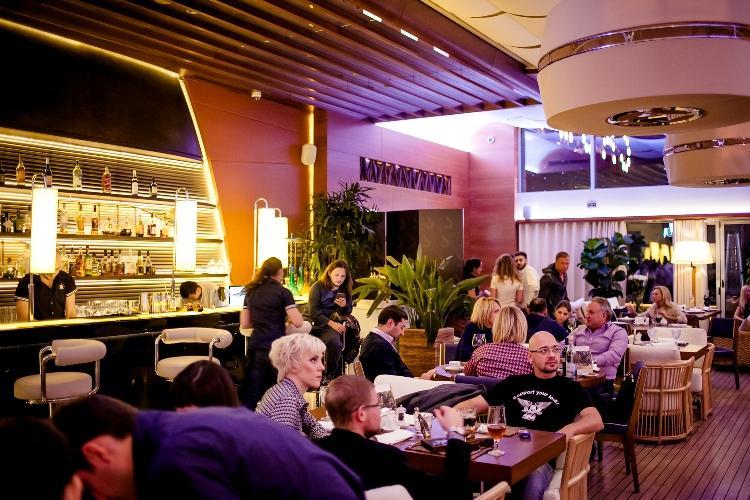 Роуз Бар в ТЦ Крокус Сити Молл (Rose Bar Crocus City Moscow) фото 61