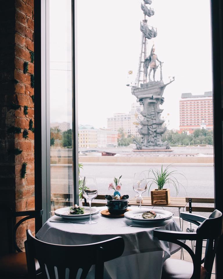 Ресторан Peter Cafe Пречистенская набережная (Petit Pierre Cafe) фото