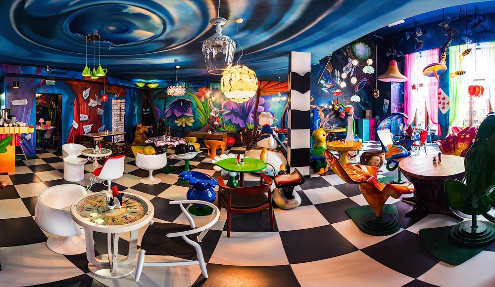 Кафе Алиса в стране чудес фото