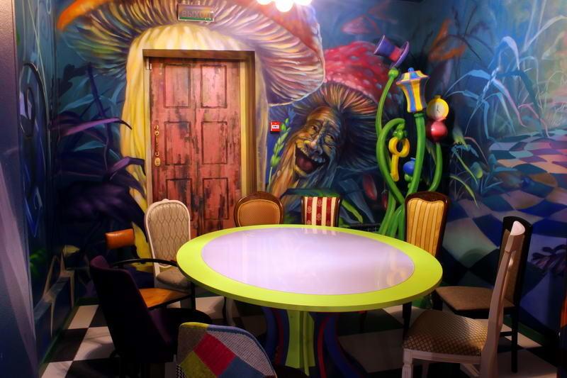 Кафе Алиса в стране чудес фото 7