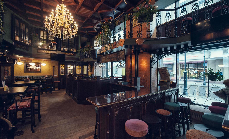 Ирландский Паб Lions Head Pub на Мясницкой (Лайонс Хед Паб - Голова Льва) фото 1