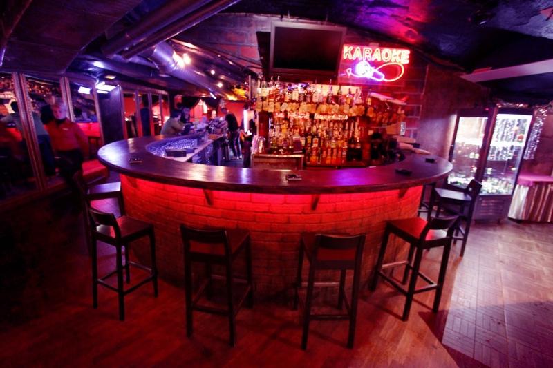Бар The Tunnel Restoran & Bar фото