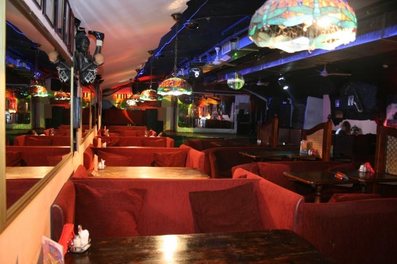 Бар The Tunnel Restoran & Bar фото 4