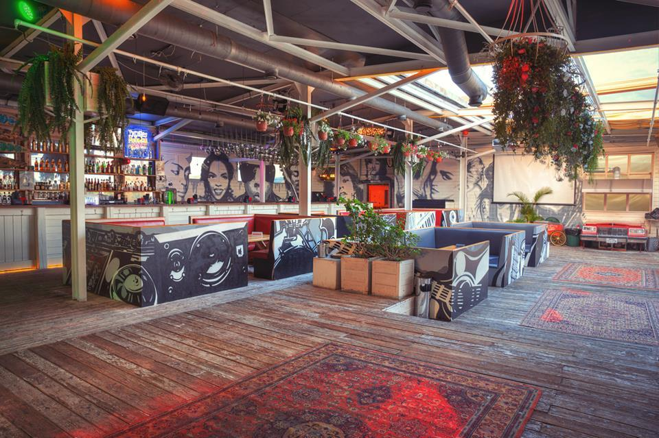 Клуб Роллинг Стоунз Бар (Rolling Stone Bar) фото 5