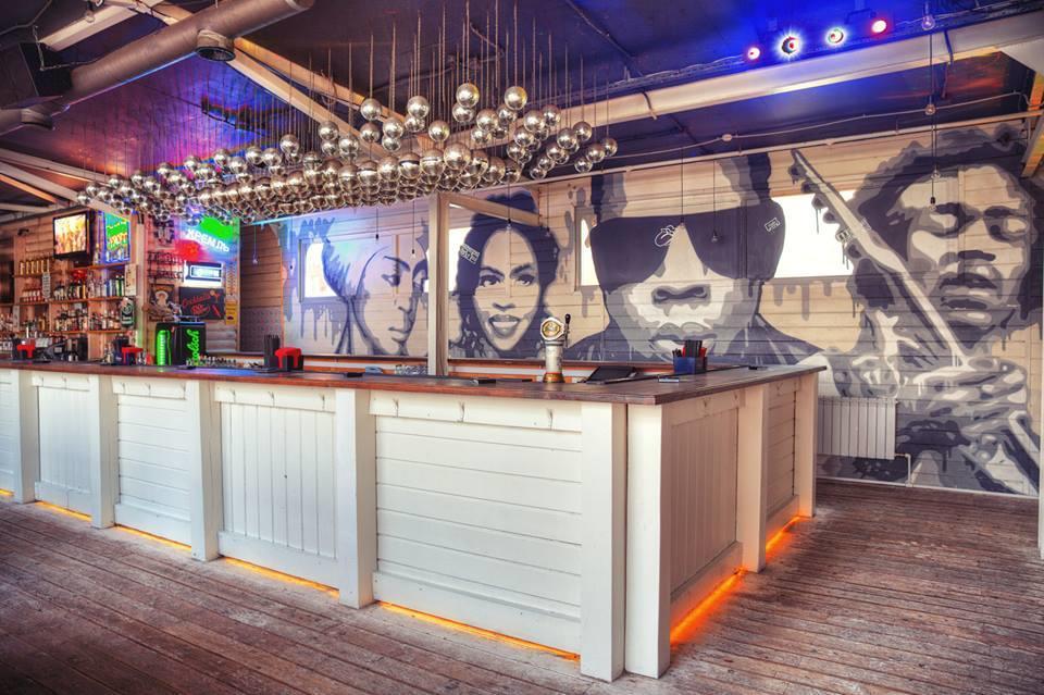 Клуб Роллинг Стоунз Бар (Rolling Stone Bar) фото 10