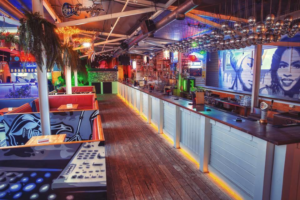 Клуб Роллинг Стоунз Бар (Rolling Stone Bar) фото 1