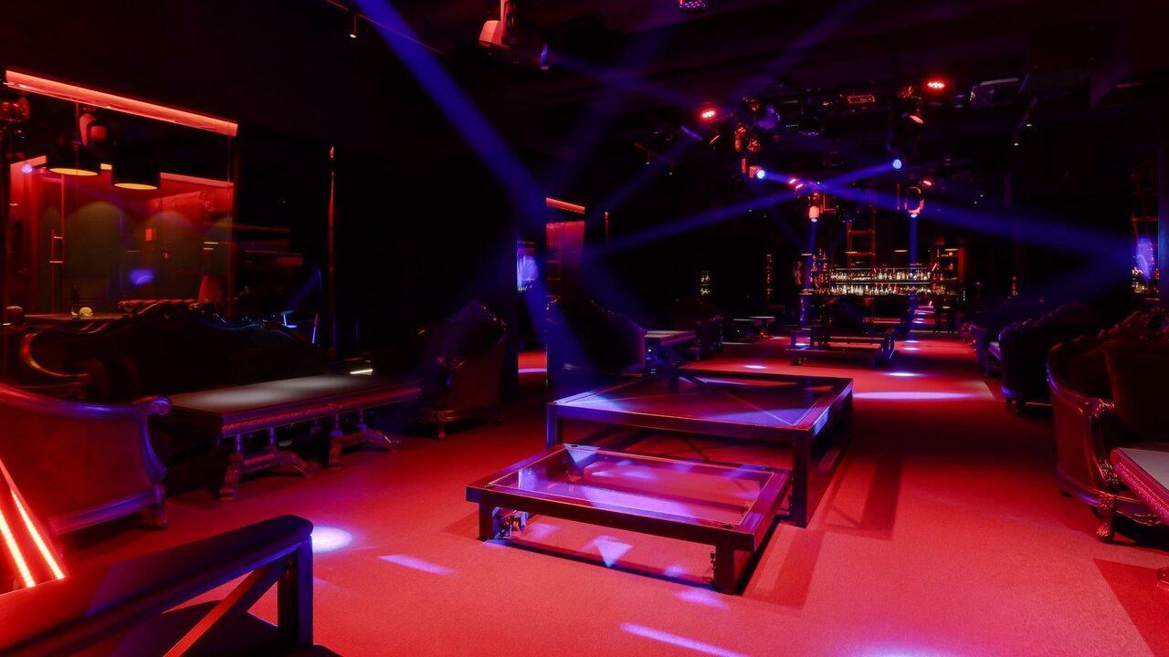 Ночной клуб столярный переулок ночные клубы спб московская