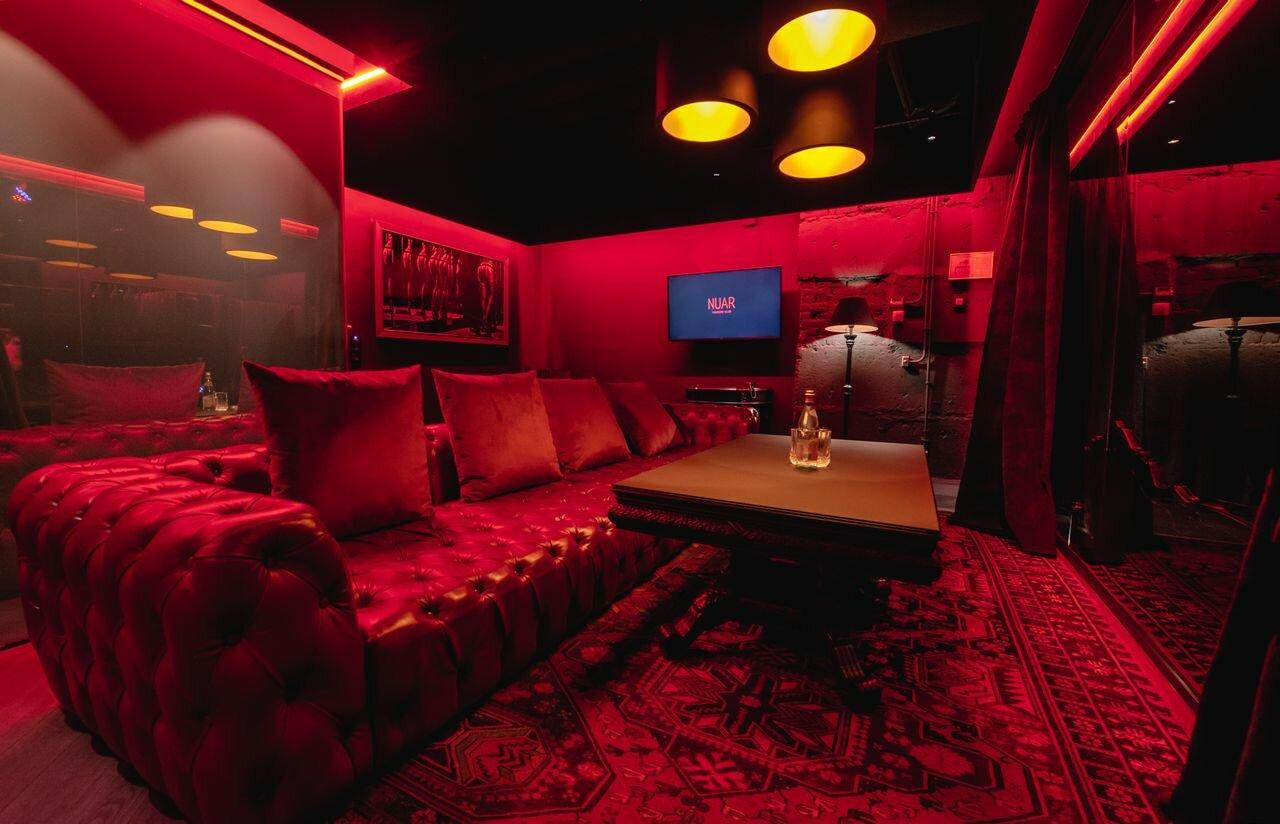 Ночной клуб столярный переулок работа по выходным в ночной клуб