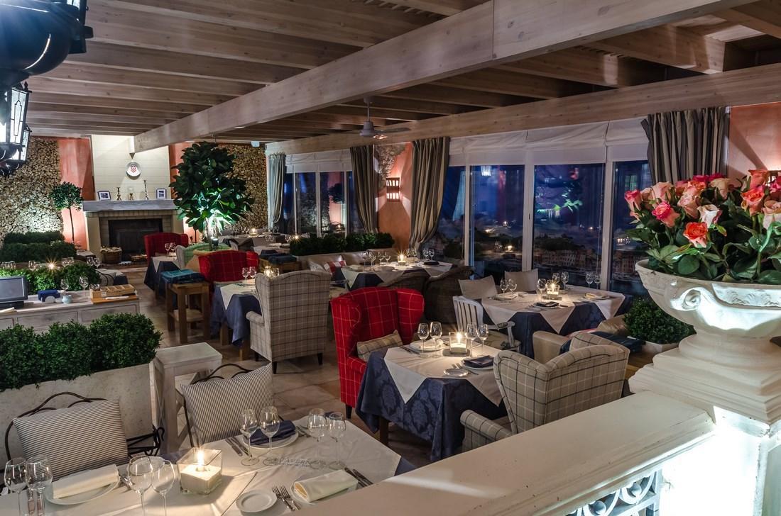 Средиземноморский Ресторан La Taverna (Ла Таверна) фото 11