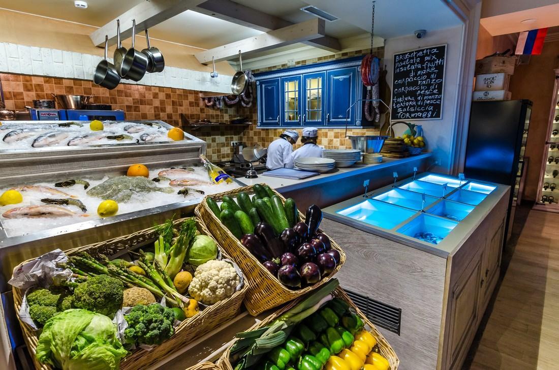 Средиземноморский Ресторан La Taverna (Ла Таверна) фото 24