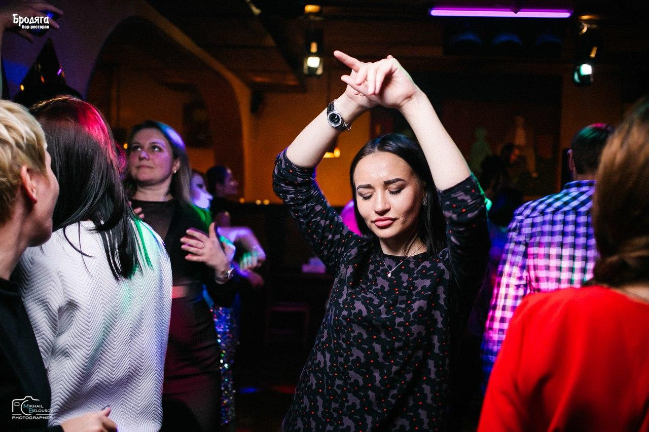 Клубы ретро музыки в москве завод ночной клуб москва