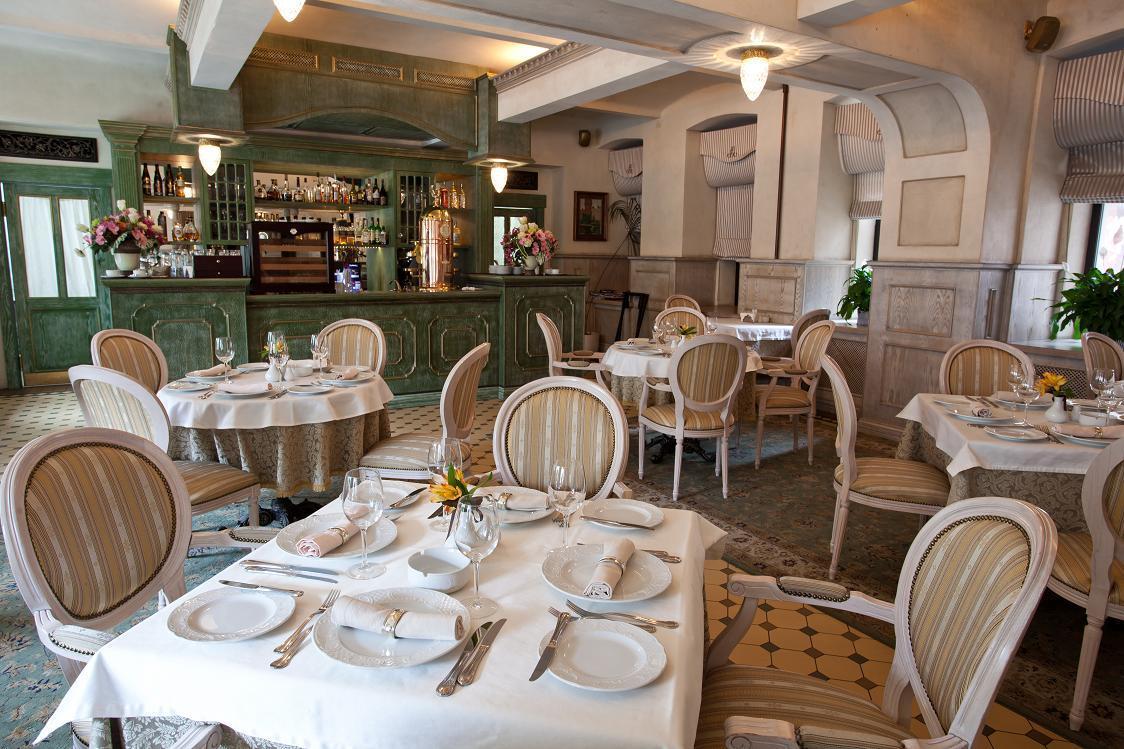 Русский Ресторан Люсьен (Lucien) фото