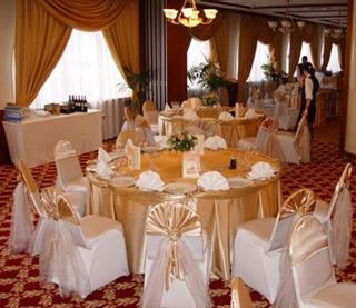 Где провести свадьбу в Москве? Узнай на GdeBar.ru!