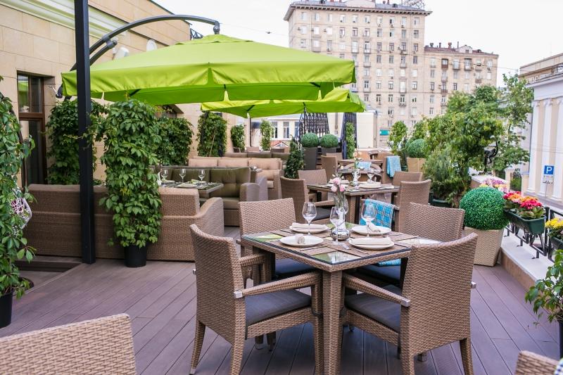 Бронь столика в ресторане Светлый – залог того, что вы отлично проведёте время и насладитесь всякими вкусностями.