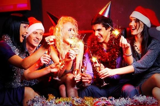 Бронирование стола на Новый год одно удовольствие, если Вы на портале GdeBar.ru!