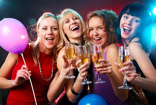 Бронирование столика в ресторане не на Новый год никогда не было проще! И нигде кроме, как на GdeBar.ru!