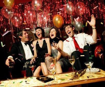 Заказ столика в кафе на Новый год лучше всего оформить на портале GdeBar.ru!