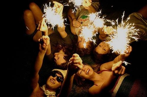 Как лучше встретить 2015-й компанией? Рекомендуем забронировать ресторан на Новый год на нашем портале!