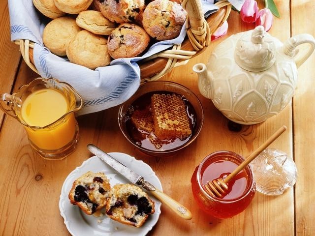 Вот такой вкусный завтрак подадут Вам в хорошеньком кафе Москвы.
